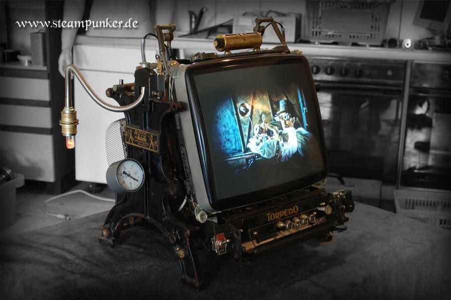 ノスタルジックなブラウン管テレビを強引に作り直してみた画像
